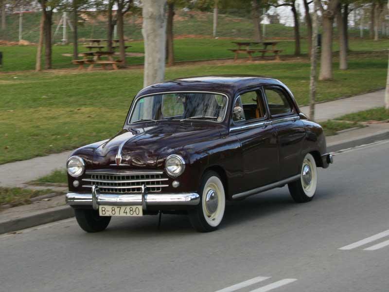 El primer coche de la marca SEAT